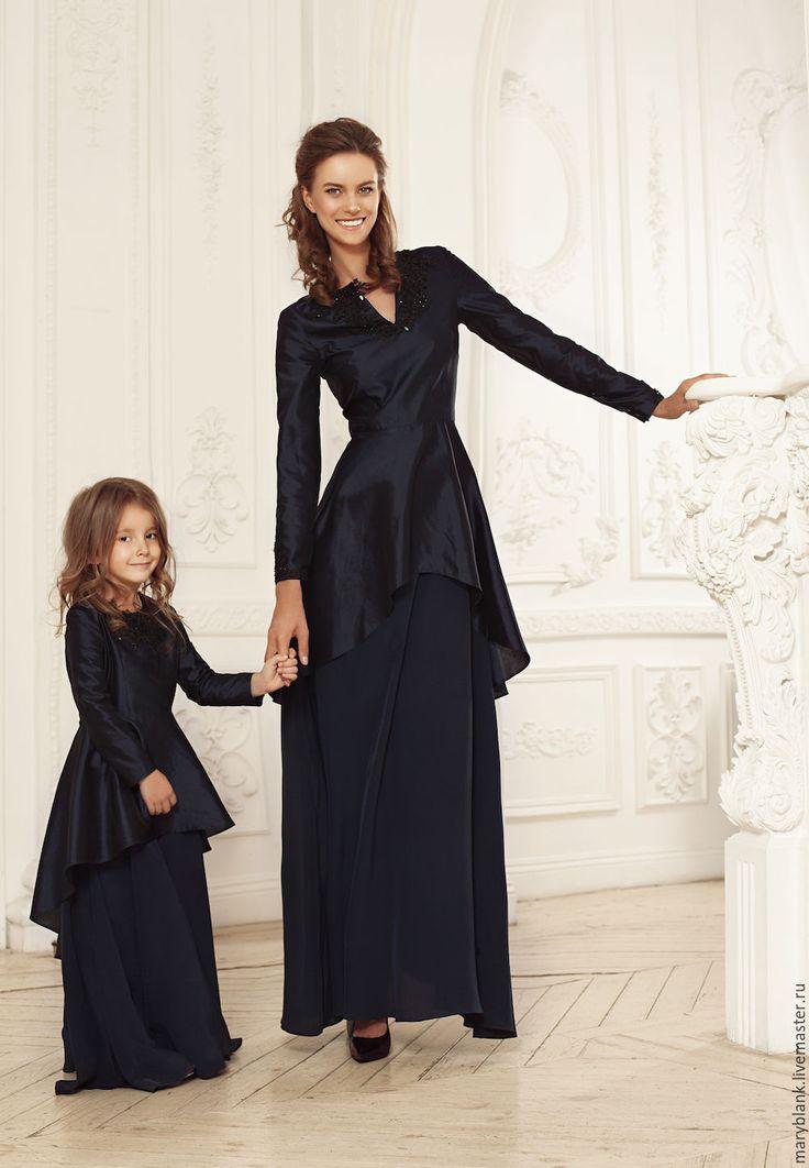 Купить Комплект платьев в стиле family look коллекция 15/16 - черный, цветочный, шелк натуральный
