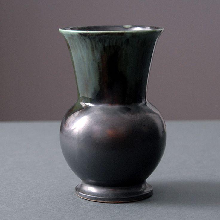 Piękny wazon Art Deco Thulin Belgium   Beautiful Art Deco Thulin Belgium vase   buy on Patyna.pl  #vase #black #ArtDeco #Thulin #Belgium #retro #vintage #decoration #decor #design #ceramics #inspiration #lubierzeczy