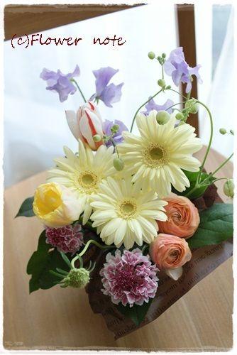 『【今日の贈花】ご近所の方へ気持ちを贈る』http://ameblo.jp/flower-note/entry-11499336792.html