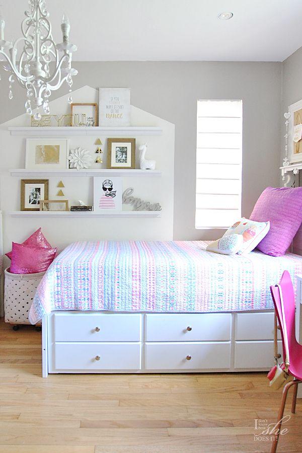A Fun u0026 Patterned Summer Ready Kidu0027s Bedroom