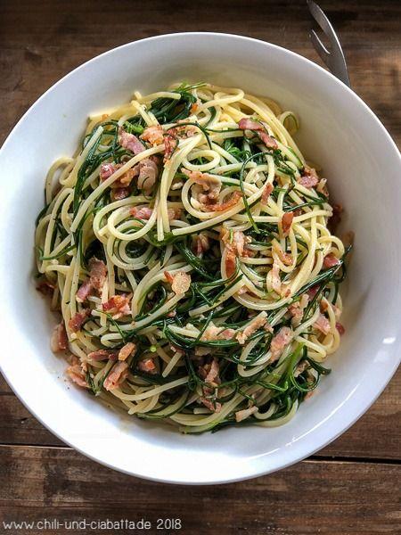 Spaghetti con agretti e speck - Spaghetti mit Mönchsbart und Speck