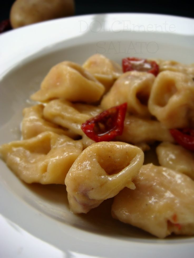 DOLCEmente SALATO: Tortelloni con pomodori secchi al burro