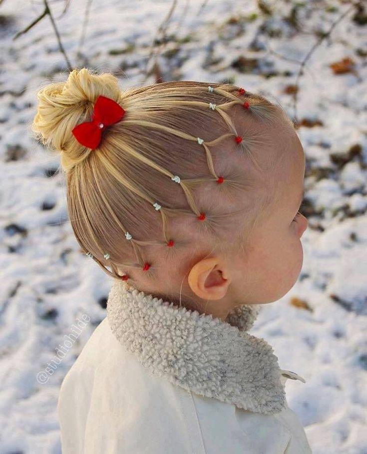 Superschattig meisje met een superschattig kapsel!! Makkelijk om te maken en leuk om te dragen!!