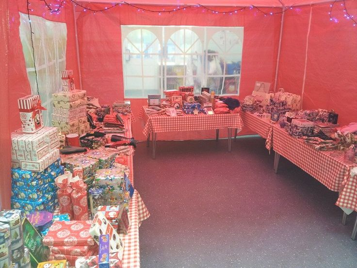 Friends of Ledbury Primary School's Christmas Pop Up Shop. Isn't it pretty! They bought presents for adults so that kids could buy their parents Christmas presents at the school fair.