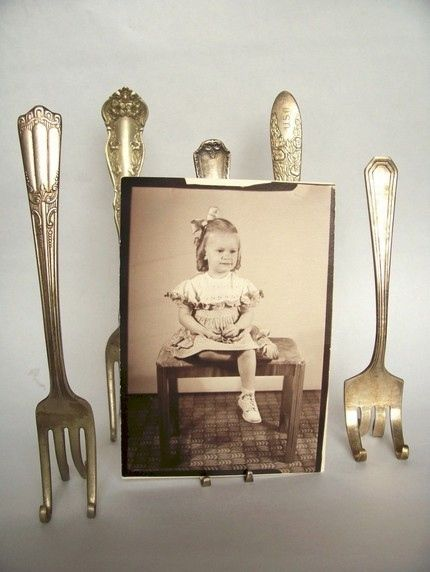 Old silverware made into a photo frame! You'll need pliers (round, needle nose), a knitting needle and a metal pipe (to wrap handles around). And a craftsman's touch;) See www.ruffledblog.com/diy-vintage-fork-place-card-holder. As for the photo, that's easy. Scan with iPhone or iPad + Pic Scanner app, and print!