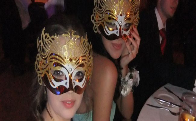 5 Bombastic Party Themes For Teenagers