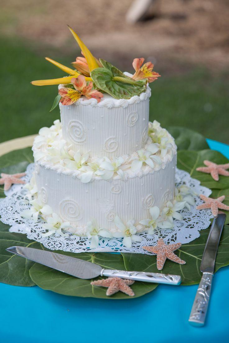 Fresh Flowers On Wedding Cake Cakes With Flowers Pinterest