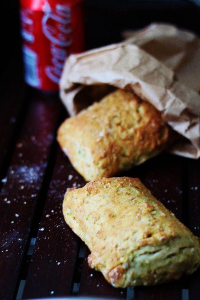 Grove madpakke-brød med rucola-friskost