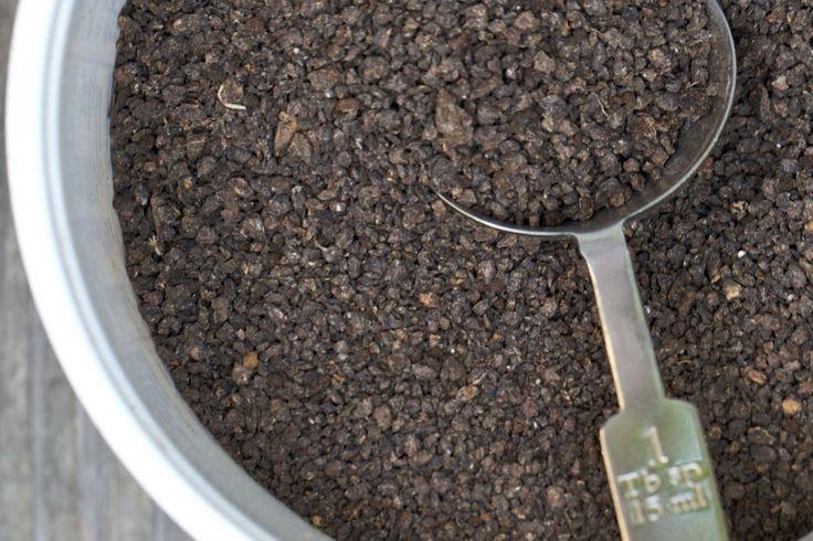 Mineral ve vitamin bakımından zengin ürünlerin üretilmesini sağlayan yarasa gübresi son yıllarda tarım alanında kendine oldukça geniş bir yer edinmiştir. Yarasa gübresi fiyatı bakımından da oldukça uygun bir seviyededir. Yarasa gübresi kullanımı hakkında bilgi edinmek için www.bat-bat.com/tr adresini ziyaret ediniz.