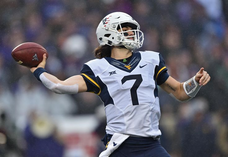The Best QB in Every College Football Conference for 2018