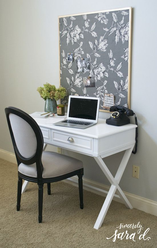 Easy tutorial for making a pretty bulletin board with fabric. An easy DIY project for a home office.