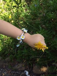Daisy Bracelet @threecheersfour.com