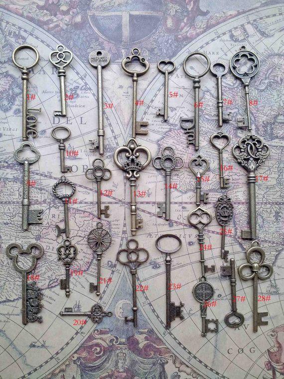 28PCS Antique Vintage skeleton key pendant heart by vintage86keys, $19.99