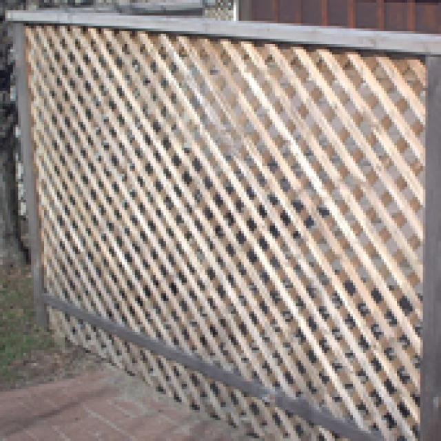 "How To Build Wood Lattice Screens: Wood lattice screen or lattice ""fence."""