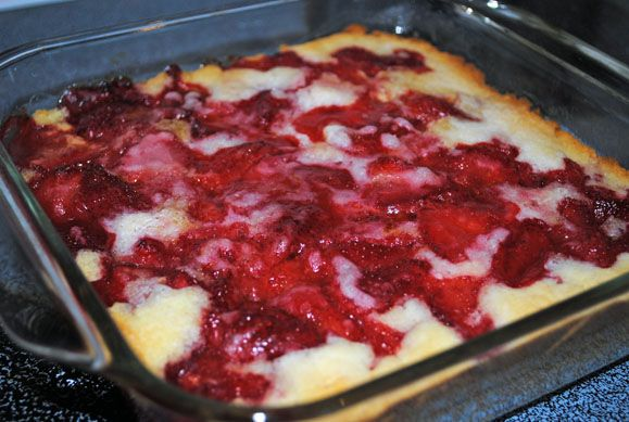 Gluten Free Strawberry Cobbler  (can use fruit of your choice)    http://www.organizedchaos-lisa.blogspot.com/2012/04/recipe-strawberry-cobbler.html