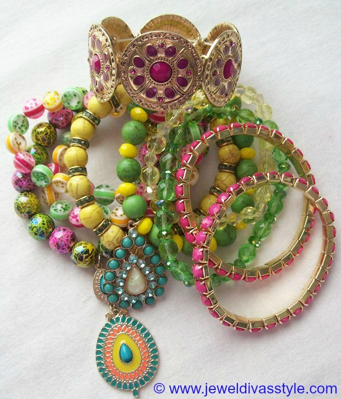 JDS - JEWEL DIVAS BRACELET STACK - http://jeweldivasstyle.com/my-personal-collection-gold-and-gold-multi-jewellery/