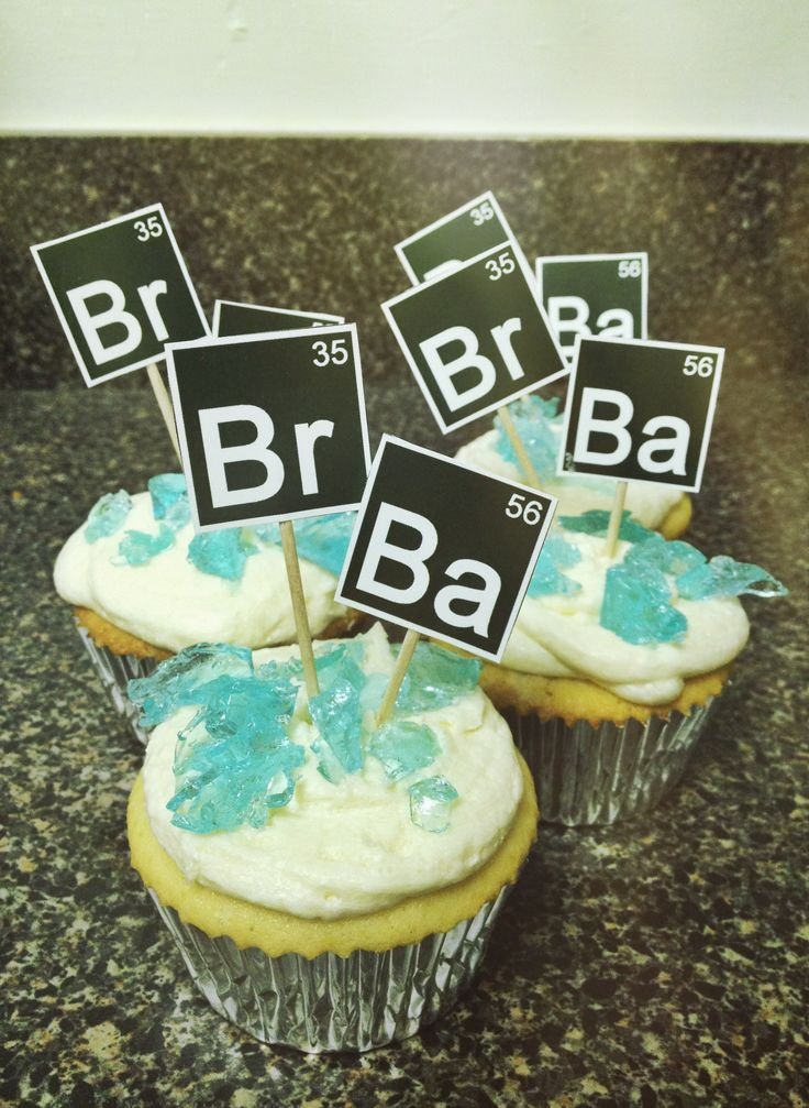 Premiere party food - Breaking Bad cupcakes #breakingbad #cupcakes