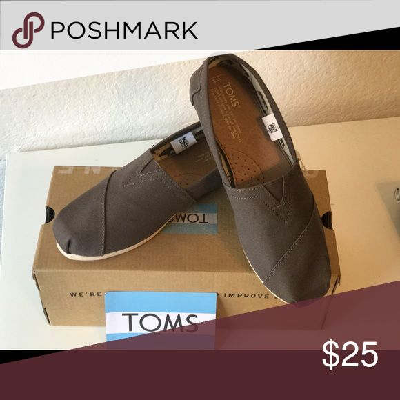 Brand New Ladies TOMS Ash Canvas Brand New! Toms Shoes Flats & Loafers