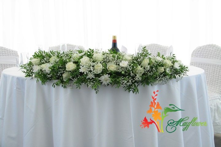 Цветы на круглый свадебный стол