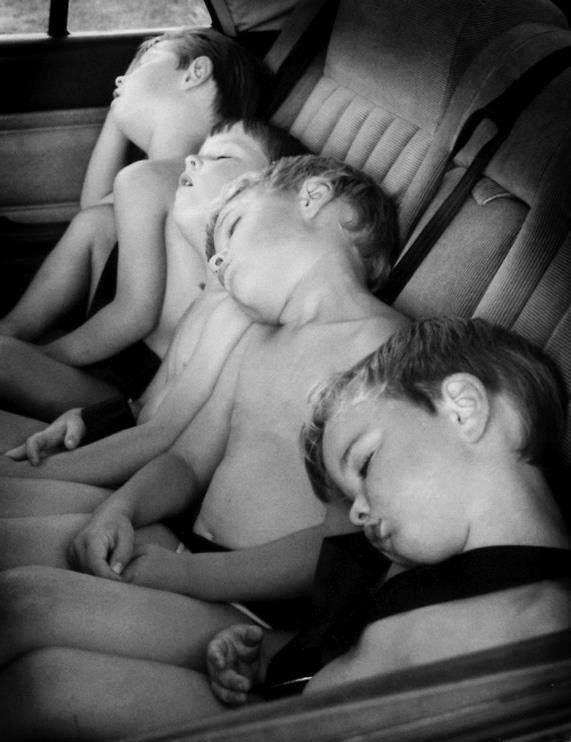 Souvenir d'enfance savoureux : s'endormir dans la voiture après une longue journée passée à crapahuter partout...