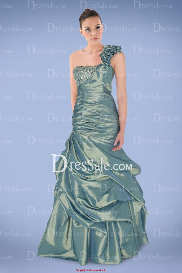 17 Best images about Prom Dresses on Pinterest | Sky, Satin and ...