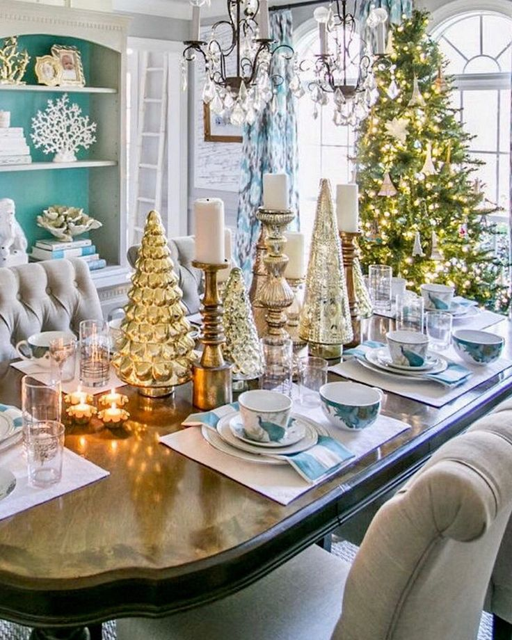 1245 best Christmas Table Decorations images on Pinterest ...