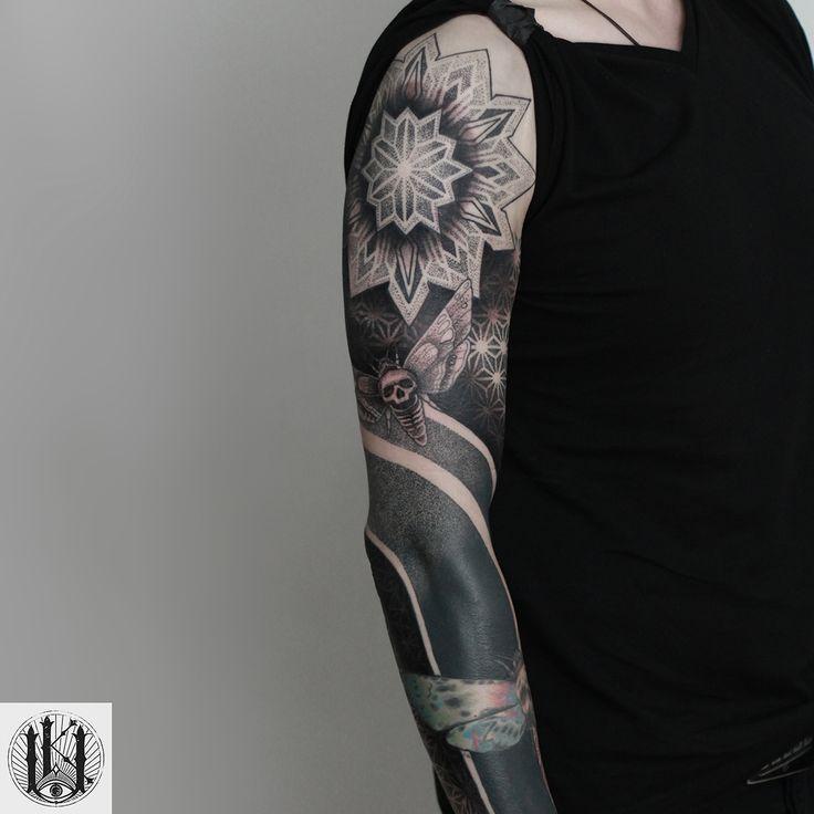 #tattoo #tatuaz #warszawa #warsaw  #blackwork #mandala #pattern #tribal #geometria #geometryczny#geometry #dotwork #kropki