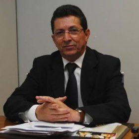 O ex-deputado federal Geraldo Simões (PT) intermediou o pagamento de R$ 200 mil para a campanha de sua esposa, Juçara Feitosa, à prefeitura de Itabuna, em 2012. De acordo com o