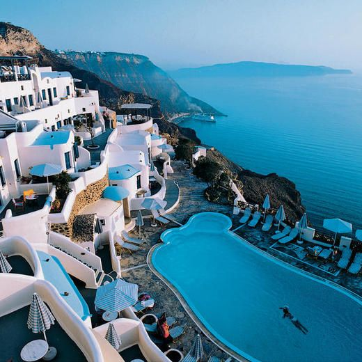 8 best images about santorini on pinterest villas for Hotels santorin