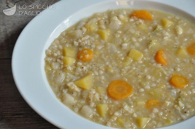 Zuppa di verdure e grano saraceno