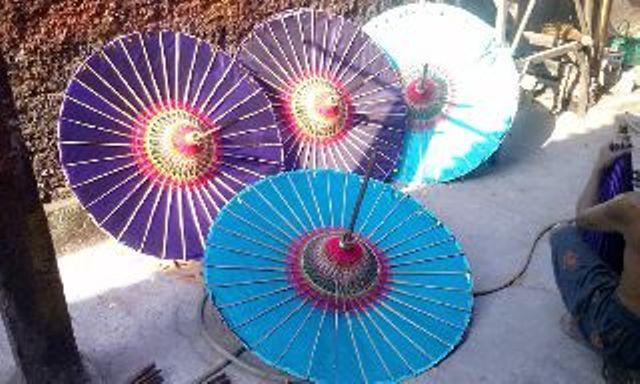 Kerajinan Payung Hias Juwiring