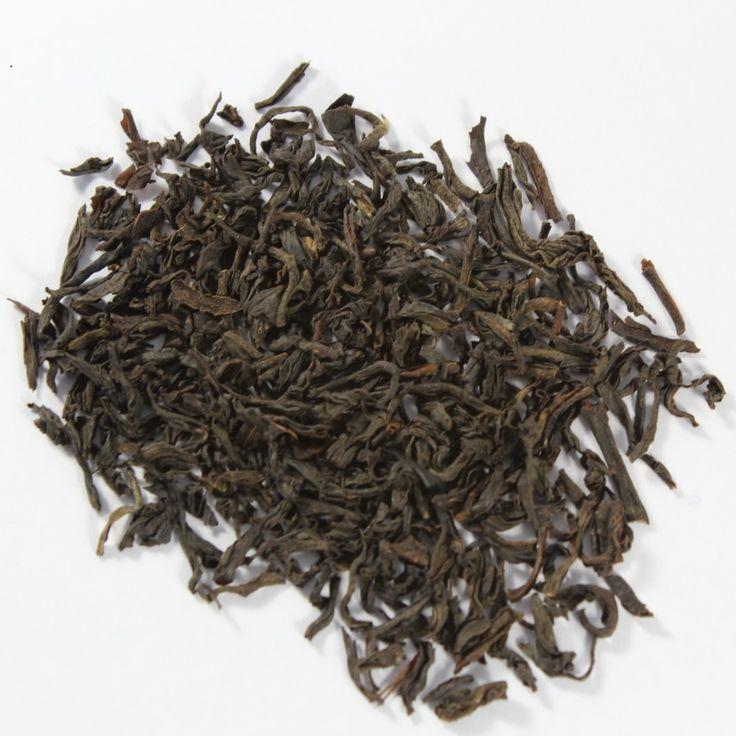 Assam TGFOP.   Uno de nuestros más finos y ricos tés de Assam.   Té negro selecto con hoja entera, proveniente de Assam, India. Limita con Bután y Bangladesh. Camelia Assamica. TGFOP, Tippy Golden Flowery Orange Pekoe.