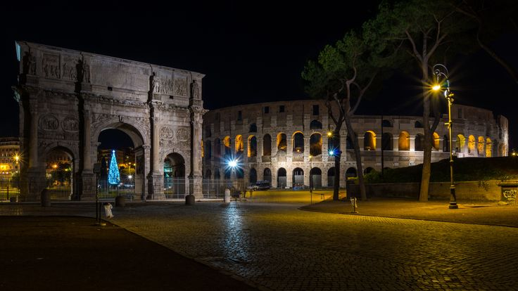 Rome - Colosseum at Christmas - Best see on FULL SCREEN Press F11 and M