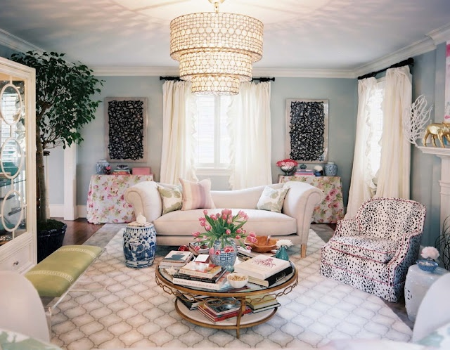 color texture: Wall Colors, Lights Fixtures, Interiors Design, Colors Palettes, Living Rooms Colors, Jamie Mear, Chinoiserie Chic, Design Home, Lonni Magazines