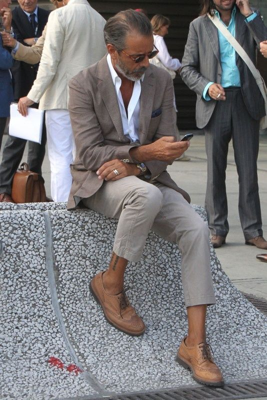 Chinos and cotton blazing in contrasting camel. #menswear #style #dapper