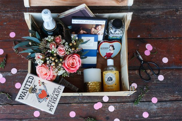 """Make a """"Valentine's Day in a Box"""" 