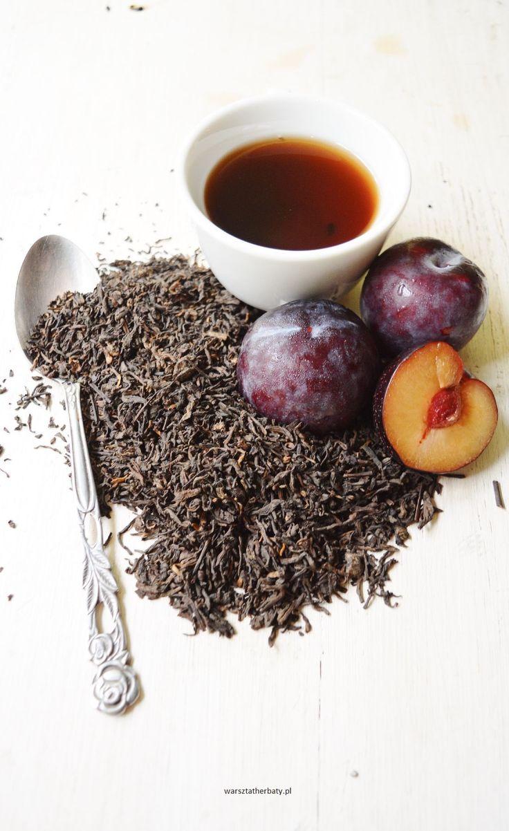 W Porzeczkowym Chruśniaku - herbata pu-erh z czarnymi porzeczkami i śliwkami.  RED TEA - PLUM BLACK CURRANT. http://warsztatherbaty.pl/pu-erh/528-pu-erh-w-porzeczkowym-chrusniaku.html