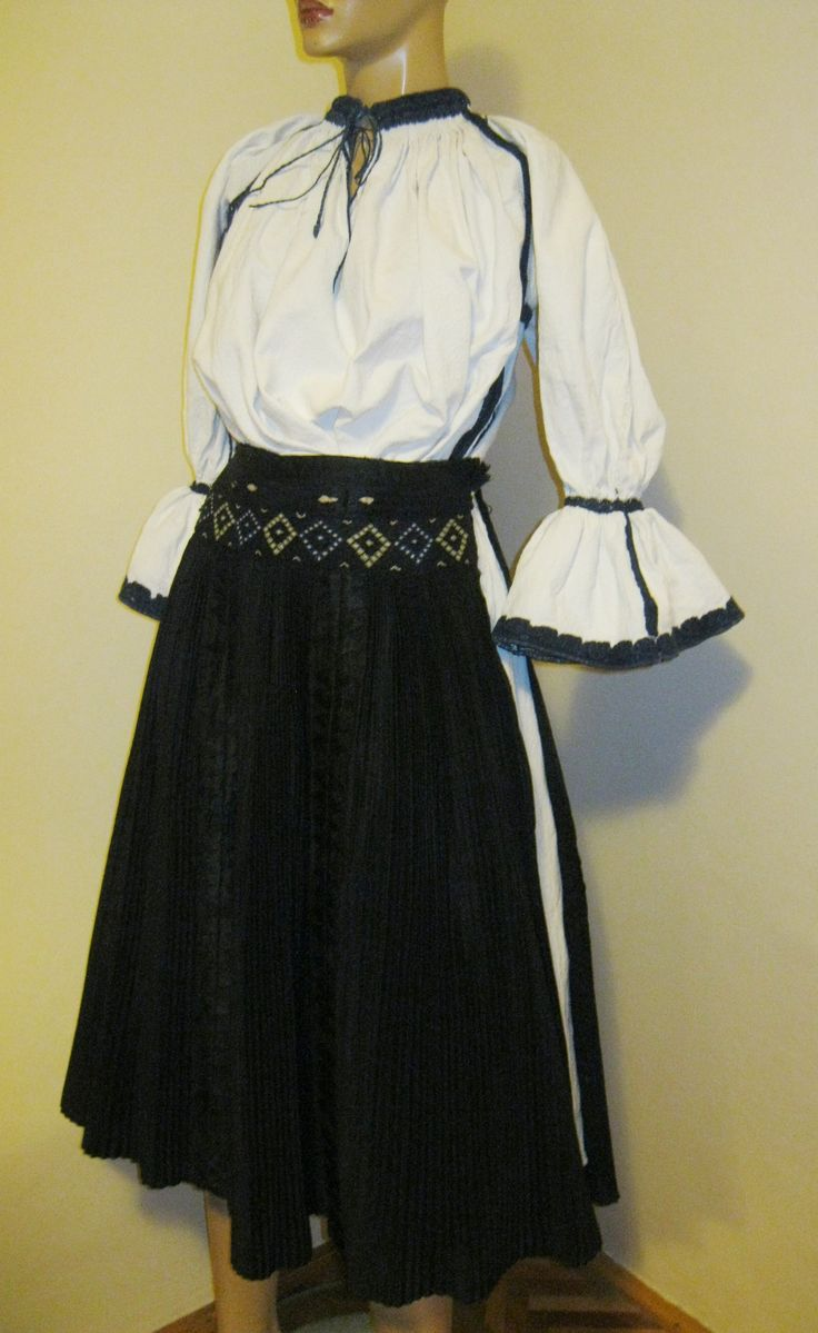 Antique Hungarian / Romanian traditional complete costume from Kalotaszeg, Calata Transylvania .Available at www.greatblouses.com