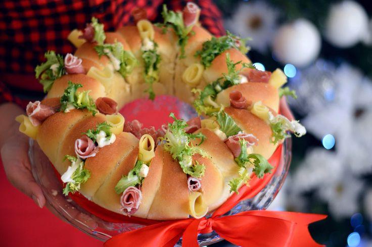 Sprinkles Dress: Corona di panini farciti