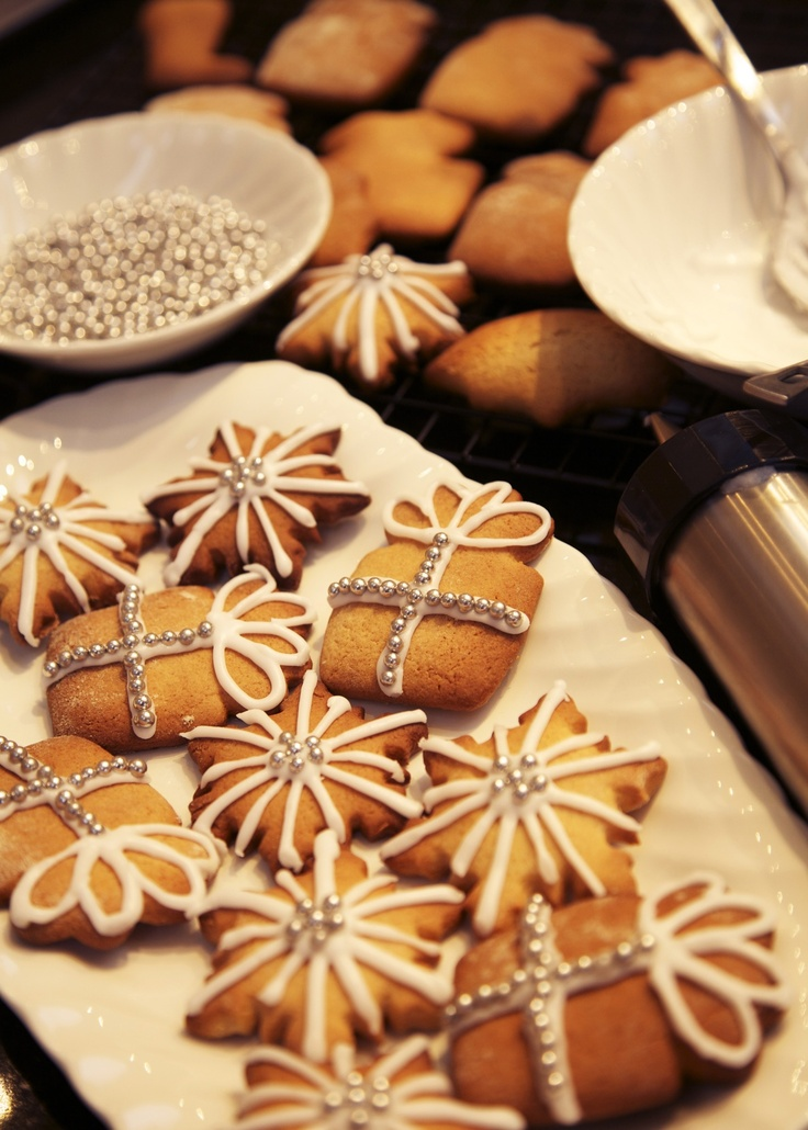 Christmas biscuits - Easy-to-bake gifts or decorations