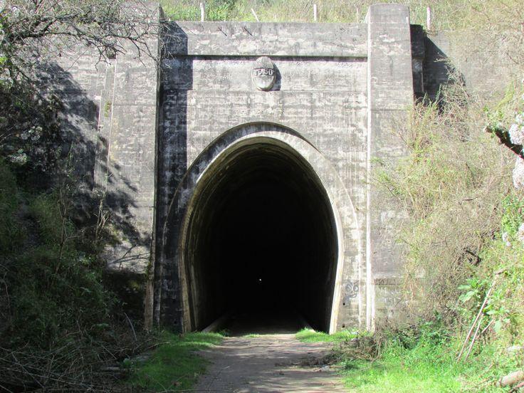 Catamarca, Tunel Ferroviario en desuso, bajo la montaña