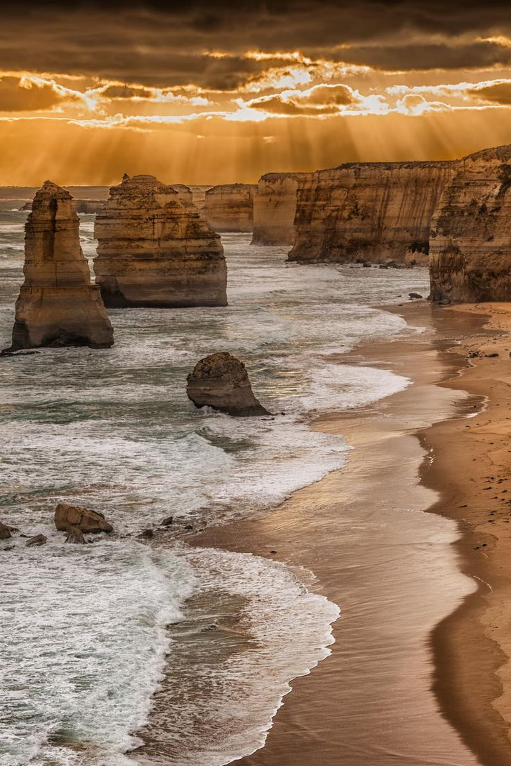 Twelve Apostles - Great Ocean Road, Victoria, Australia