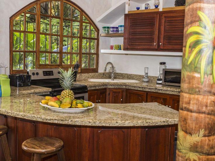 VRBO.com #3957622ha - Luxury 5 Bedroom Villa in the Heart of Manuel Antonio