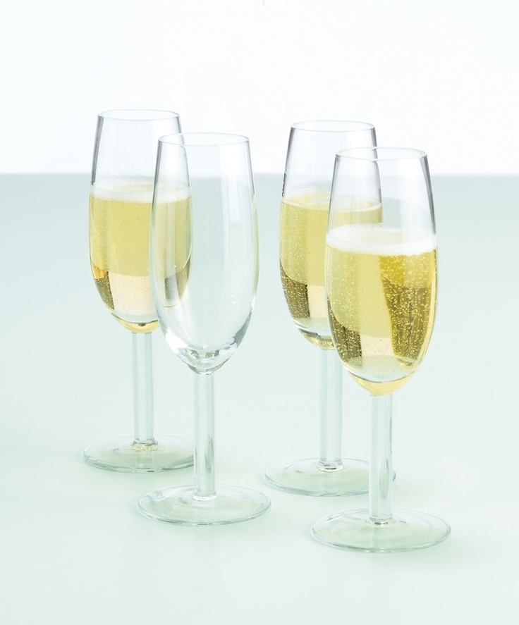 These Jamie at Home champagne flutes (£28.50 for a set of 4) are specially designed to bring out the arom and fizz of sparkling wines. They're ideal if you want to celebrate a special occassion!