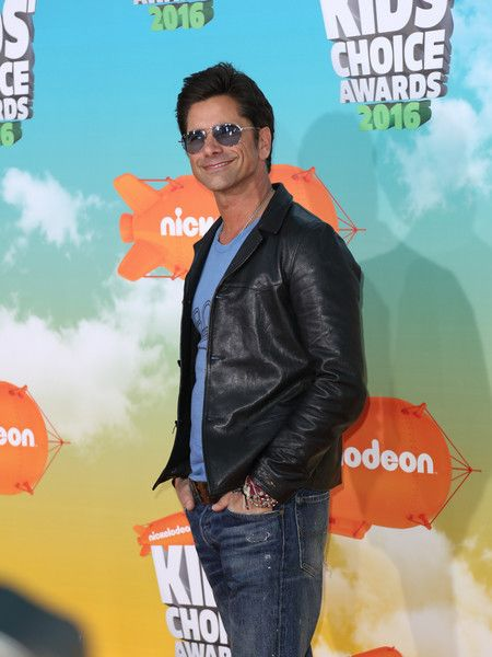 John Stamos attends Nickelodeon's 2016 Kids' Choice Awards at The Forum.