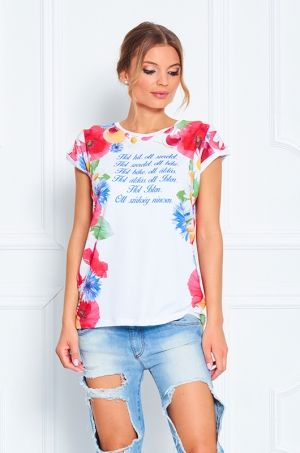 Tričko s krátkym rukávom, s výraznou potlačou kvetín a ovocia. V prednej časti je popis v maďarskom jazyku - vyjadrujúci