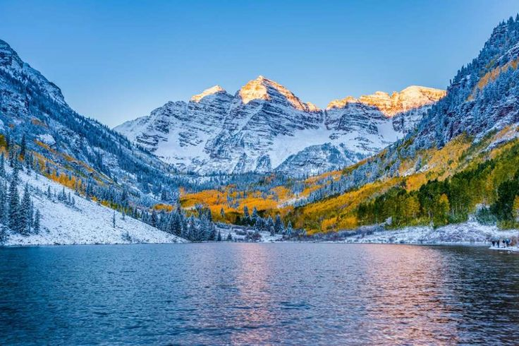 10 Best Late-Winter Weekend Escapes Right Now  -  March 6, 2017:     3. ASPEN, CO  -    Why go: Want to spring ski in one of the glitziest ski towns in the country? March and April in the high-country often mean après parties, killer conditions, and big deals as resorts slide out of peak season.