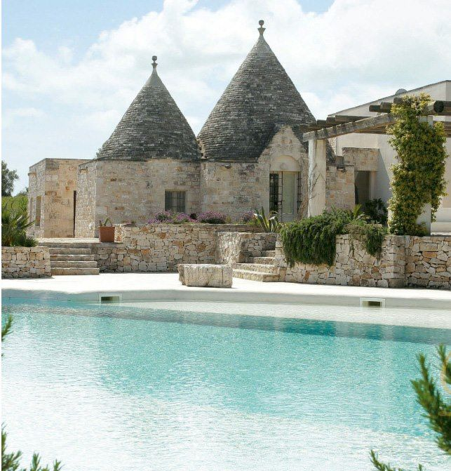 36 best ville e casali images on pinterest city italy for Pool design 974