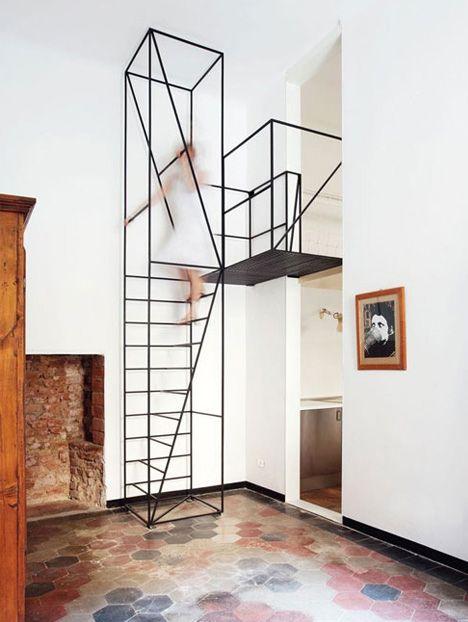 Minimalist Black Metal Staircase Thin Staircase