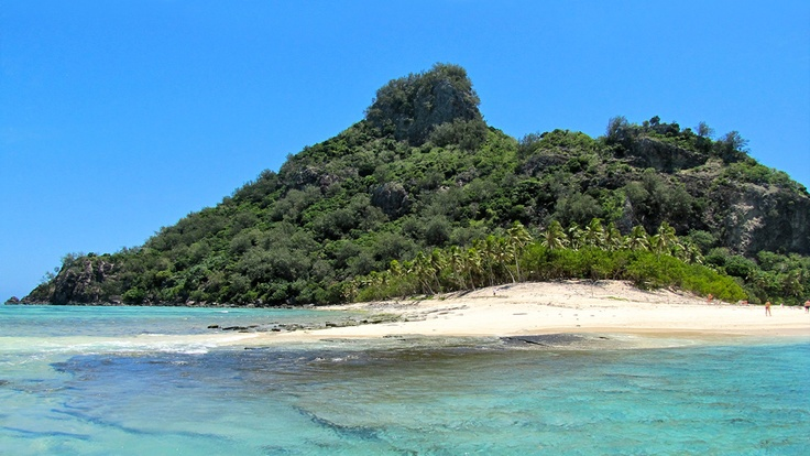 Sur la plage, aux îles Fidji